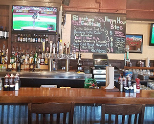 Famous Dave's Columbia MD - BBQ Restaurant - Award Winning Barbecue Ribs - interior-columbia