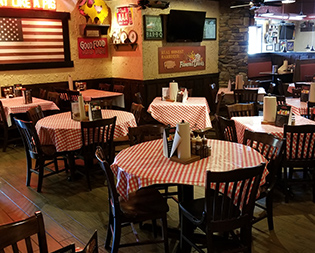 Famous Dave's Frederick MD - BBQ Restaurant - Award Winning Barbecue Ribs - interior-frederick