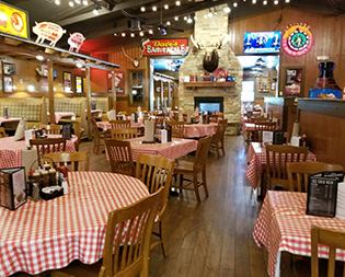 Famous Dave's Waldorf MD - BBQ Restaurant - Award Winning Barbecue Ribs - interior-waldorf